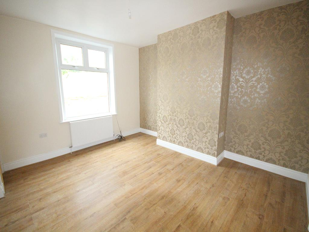2 bedroom terraced house To Let in Barnoldswick - Property photograph